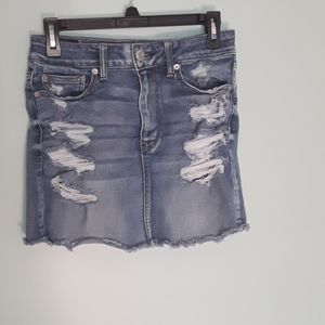 AMERICAN EAGLE NEXT LEVEL STRETCH DISTRESSED SKIRT